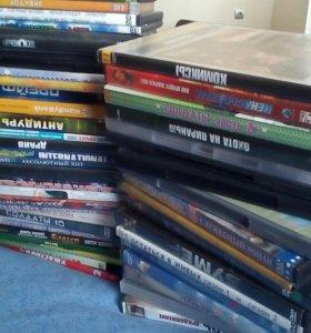 Диски DVD около 100 шт