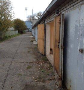 Кирпичный гараж с подвалом