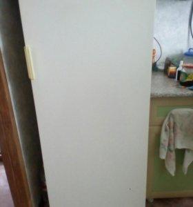 Продается холодильник ЗиЛ