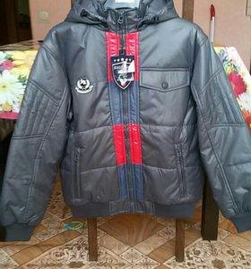 Куртка 158см новая демисезонная бомбер