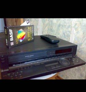 Продам раритет видеомагнитофон Panasonic NV-HS800.