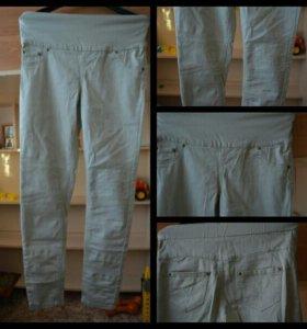 Утягиващие джинсы