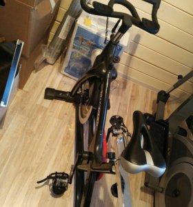 """Exercise bike """"Raceter 1.0"""""""