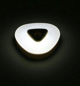 Светильник (автоматическая подсветка)