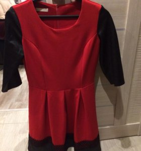 Платье черно-красное с поясом