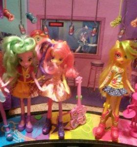 Куклы ,сцена