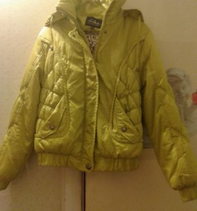 Куртка новая 46-48.на весну.