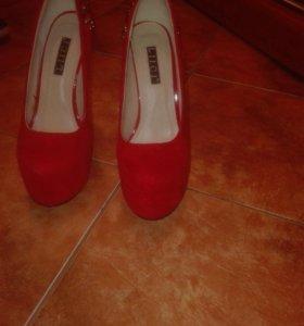 Туфли натуральная замша 37 р-р