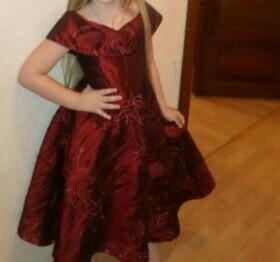 Вечернее платье для девочки 5-7 лет.