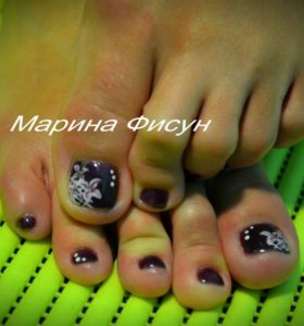 Педикюр с покрытием ногтей гель-лаком
