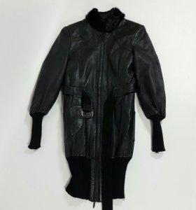 Кожаное пальто (S) б/у