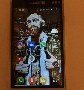 Samsung galaxy j1 mini или меняю на iphone 4