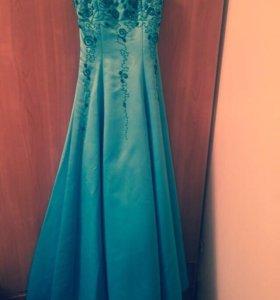 Платье на выпускной 44разм