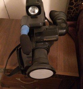 Кинокамера Панасоник  М3000