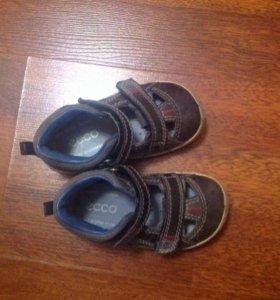 Ecco сандали