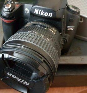 Nikon D80 18-70