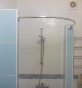 Карнизы для шторки в ванную