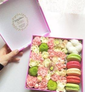 Цветочная коробочка с макаронс)