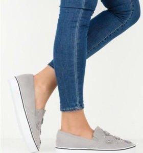 Обувь. Слипоны.