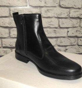 Новые кожаные зимние ботинки