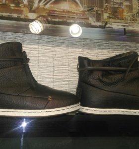 Новые ботинки hub
