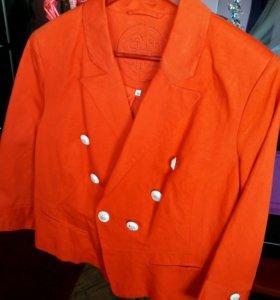 Пиджак новый.44-46