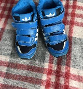Ботинки (кроссовки) adidas