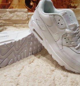 Кроссовки Nike👟 Белые