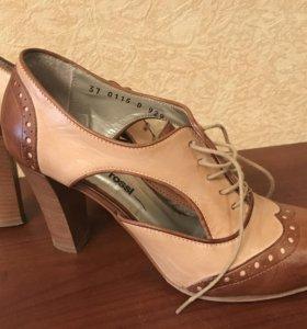Туфли кожаные Gino Rossi 37 р