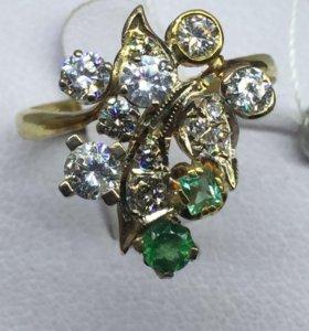 Кольцо золото бриллианты изумруды