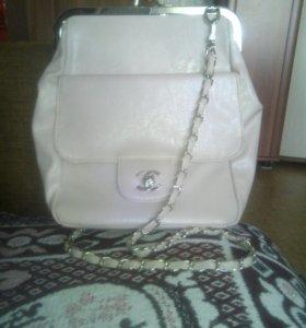 Обменяю или продам Сумку-клатч на другую сумочку