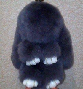 Брелок кролик, меховой зайка