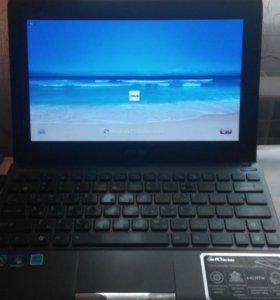 Нетбук ASUS Eee PC 1025C (1,86 Ггц/2 Гб/320 Гб)