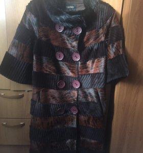 Меховое кожаное пальто