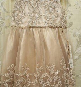 очень красивое платье !