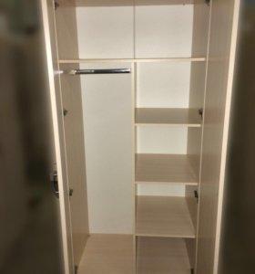 Шкаф для платья и белья двухдверный