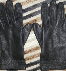Красивые кожаные лайковые перчатки