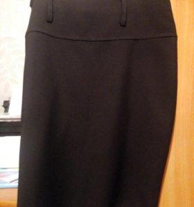 Продам черную классическую юбку
