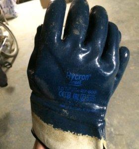 Перчатки резиновые Hycron