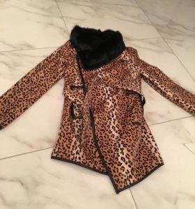 Пальто , натуральный мех , состояние нового