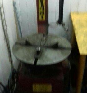 Стенд для демонтажа и монтажа шин легковых автомоб