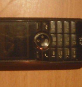 Обычный телефон Сони Эриксон.