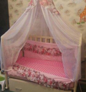 Детская кроватка+комод