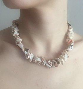 Ожерелье, браслет, заколка из ракушек
