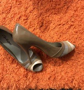 Туфли женские, Италия