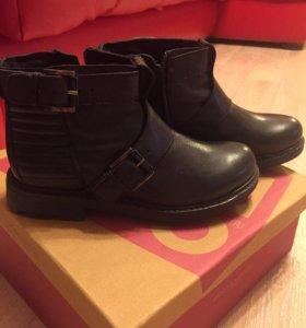 Ботинки новые, кожаные