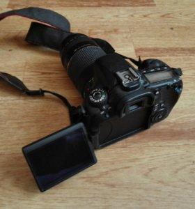 Canon eos 60D +два объектива и сумка
