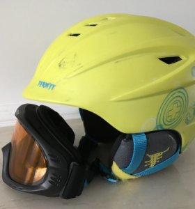 Детский шлем и очки