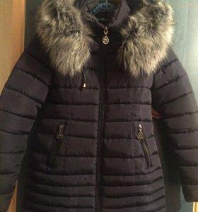 Зимняя куртка, женская ,темно синего цвета
