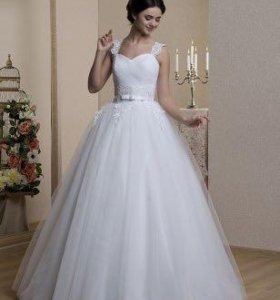 Пышное свадебное платье продвм